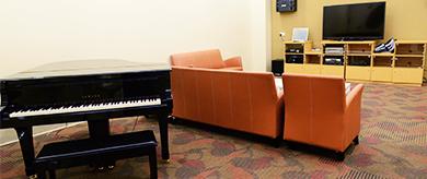 club facilities music room thumbnail